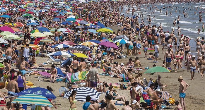 Playa de la Malvarrosa en Valencia. FOTO: BIEL ALIÑO.