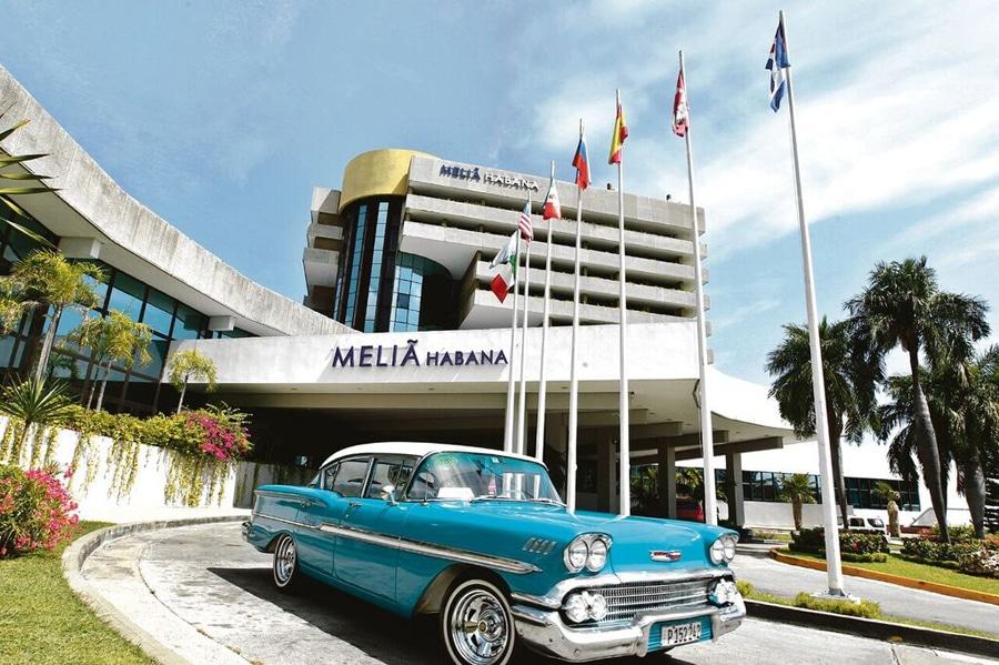 Hotel Meliá en la capital de Cuba. Foto: EFE.
