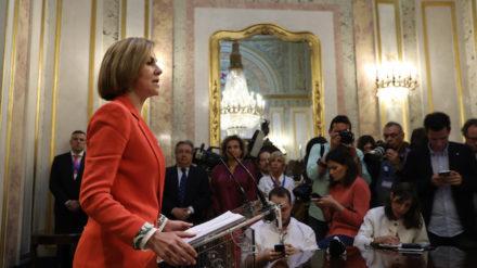 La exministra de Defensa y secretaria general del PP, María Dolores de Cospedal, en el Congreso. Foto: REUTERS / Susana Vera.